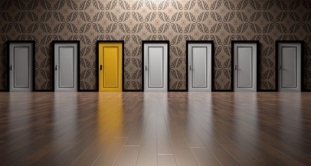 中小企業診断士受講形態の選び方